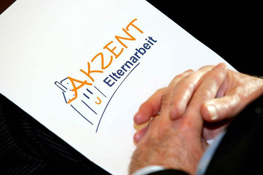 Akzent Elternarbeit Stiftung Bildungspakt Bayern